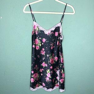 Victoria's Secret Black Floral Chemise Medium
